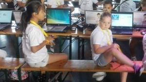 Kinder bei einem IT-Wettbewerb von Liberty Global in Amsterdam