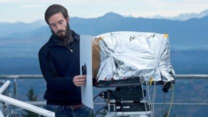 Empfangsterminal auf dem Hohenpeißenberg: Erdatmosphäre stört die Datenübertragung.