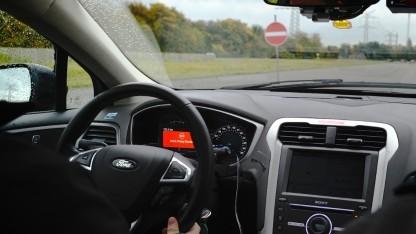 Neue Assistenzsysteme von Ford