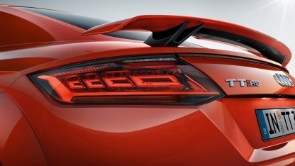Audi TT RS mit OLED-Rückleuchten.