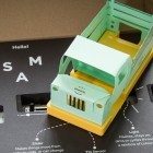 Sam's Curious Cars: Wenn beim Elektronikset die Kabel verschwinden