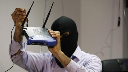 Router (Symbolbild) sind eine gefährliche Sache - besser die Sturmhaube anziehen.