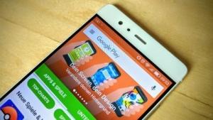 Im Play Store will Google verstärkt gegen falsche Chart-Rankings vorgehen.