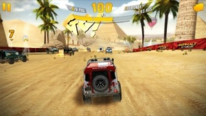Mit Asphalt Xtreme geht es durch die Wüste.