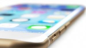 So könnte ein Curved-iPhone aussehen.