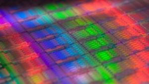 Wafer mit älteren Xeon-Chips mit mehr als vier Kernen
