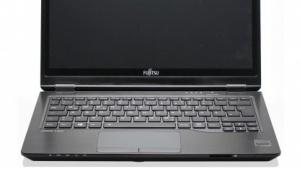 Das Lifebook U727 gibt es mit Venenscanner und VGA-Anschluss.