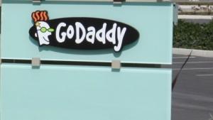 Go Daddy ist nicht nur Registrar und Zertifizierungstelle, sondern auch Webhoster.