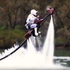 Star-Wars-Fanfilm: Luke und Leia fliegen übers Wasser