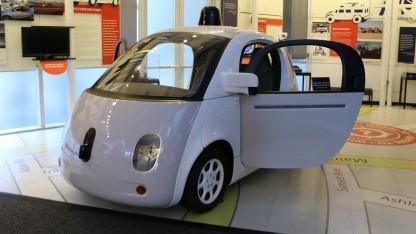 Ein Fall fürs Museum: das autonome Google-Auto im Computer History Museum in Mountain View