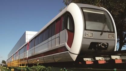 Pekings neue Magnetschwebebahn kann über 1.000 Personen in einem Zug befördern.
