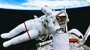 Ein Astronaut im All