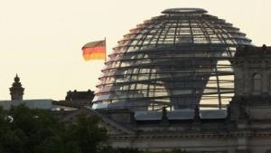 Die Quelle von Wikileaks wird offenbar im Bundestag selbst vermutet.
