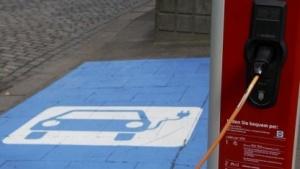 Ladesäule für Elektroautos (Symbolbild): keine Wohlfahrtsstiftung