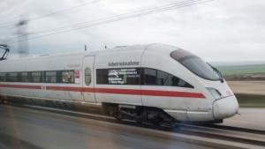 ICE der Deutschen Bahn: Zugriff auf mehrere Mobilfunknetze an der Strecke