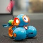 Wonder Workshop Dash im Test: Ein Roboter riskiert eine kesse Lippe