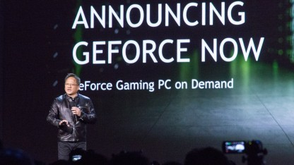 Nvidia-Chef Jen-Hsun Huang stellt Geforce Now auf der CES 2017 vor.