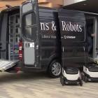 Vans and Robots: Mercedes macht Transporter zum Mutterschiff für Lieferroboter