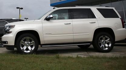 Ein Chevrolet Tahoe wurde aus der Ferne überwacht.