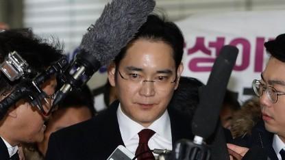 Lee Jae-yong nach der Befragung zur Staatsaffäre in Südkorea