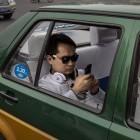 Verkehrsexperten: Smartphone-Nutzung am Steuer soll strenger geahndet werden