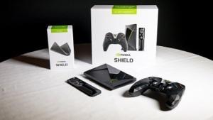 Nvidia Shield TV samt Zubehör