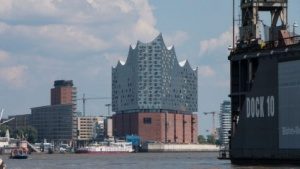 Elbphilharmonie in Hamburg: Lange umstritten, jetzt strömen die Besucher.