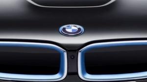 BMW will verstärkt auf den Elektroantrieb setzen.