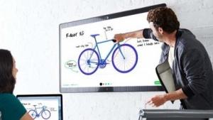 Das Spark Board kann als Whiteboard fungieren