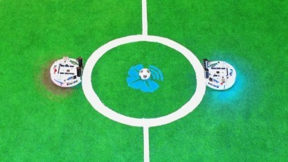 Fußball-Roboter Wisoccero: kann mit Arduino-Shields erweitert werden