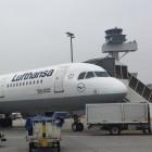 Airbus A320: In Flugzeugen wird der Platz selbst für kleine Laptops knapp