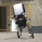 Handle: Boston Dynamics baut rollenden Roboter