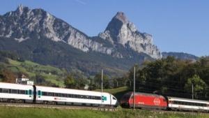 Die Schweizer wollen deutlich mehr Züge auf die Schienen bringen.