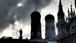In der Münchner Verwaltung ziehen dunkle Tage auf.