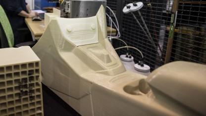 Mittelkonsole aus dem 3D-Drucker: Teile in praktisch jeder Form und Länge