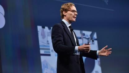 Alexander Nix, CEO von Cambridge Analytica und begnadeter Verkäufer von heißer Luft