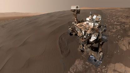 Selbstporträt des Marsrovers Curiosity (Symbolbild): trockene und salzige Böden
