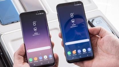 Links das Galaxy S8, rechts das Galaxy S8+