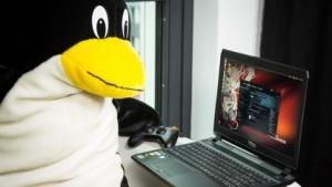 Der Golem.de-Tux spielt am liebsten auf einem Linux-System.