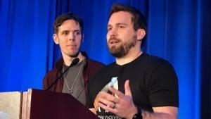Jeremy Stieglitz und Jesse Rapczak von Studio Wildcard auf der GDC 17.