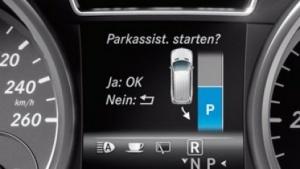 Parkassistent in einem Mercedes