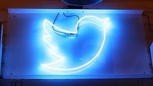 Twitter-Logo auf einer Veranstaltung