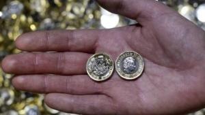 Für die neuen 1-Pfund-Münzen hat sich die Royal Mint einiges in Sachen Fälschungssicherheit  einfallen lassen.