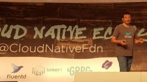 Patrick Chanezon von Docker stellt Containerd auf der Cloud-Native-Con vor.