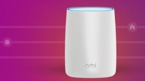 Orbi-Router von Netgear haben ein ungewöhnliches Design.