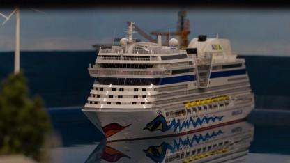 Kreuzfahrtschiff im Miniatur Wunderland: schwer zu orten