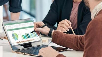 Das abobasierte Office 365 enthält alle bekannten Office-Programme, darunter Word, Excel, Powerpoint und Onenote.