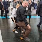 Noonee: Exoskelett ermöglicht Sitzen ohne Stuhl