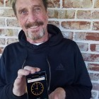 John McAfee Privacy Phone: Ein bisschen Hardware soll das Smartphone sicher machen