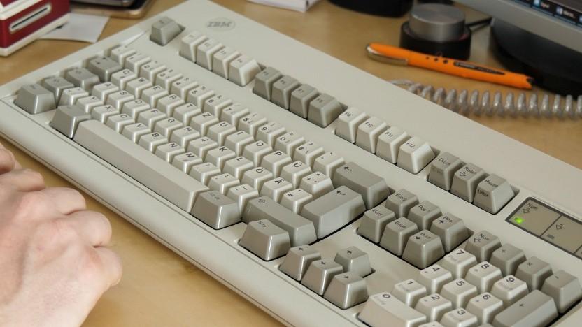 Ein Enhanced Keyboard der Model-M-Reihe von IBM
